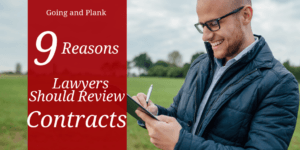 9 Ways an Attorney Helps With Contracts